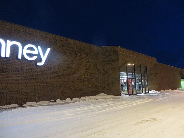 Faribault J.C. Penney Store at Faribo West Mall- photo by Gordy Kosfeld