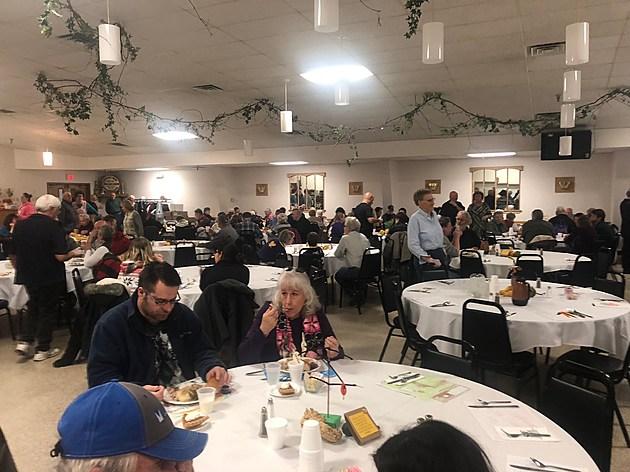 Faribault Thanksgiving Dinner at Legion.  Photo by Gordy Kosfeld